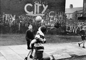 football-on-street2